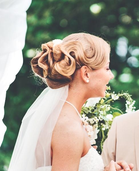 Фото свадебные прически с волнами